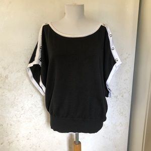 White House Black Market Wide Sleeve Top